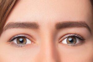 ما هي عمليات تجميل العيون